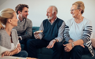 Adult-Family-Estate-Planning-Conversation